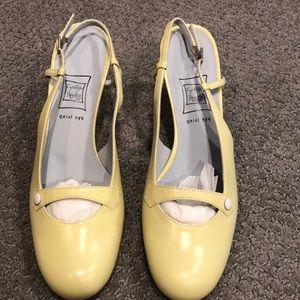 Cynthia Rowley Mary Jane 2' heels - Size 9